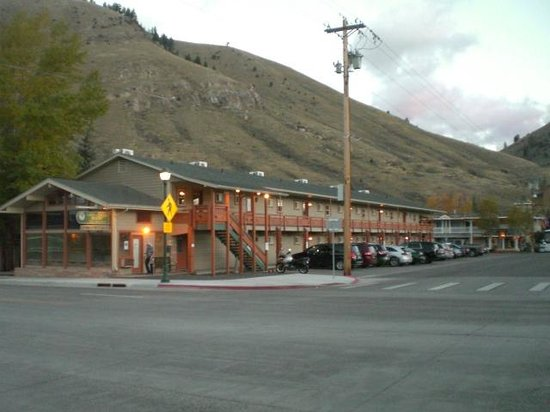 Town Center at Jackson : Jackson Hole Town Center