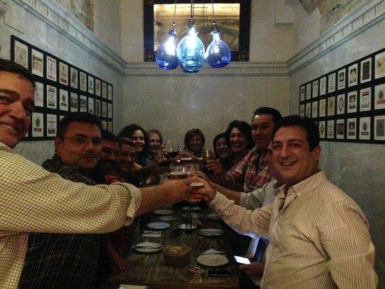 El Almacen, Vinos y Tapas: Celebrando Cumpleaños de Charo en el Alamacen