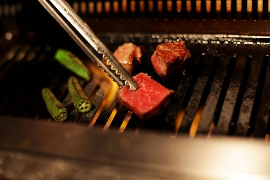 Grilling (112938823)