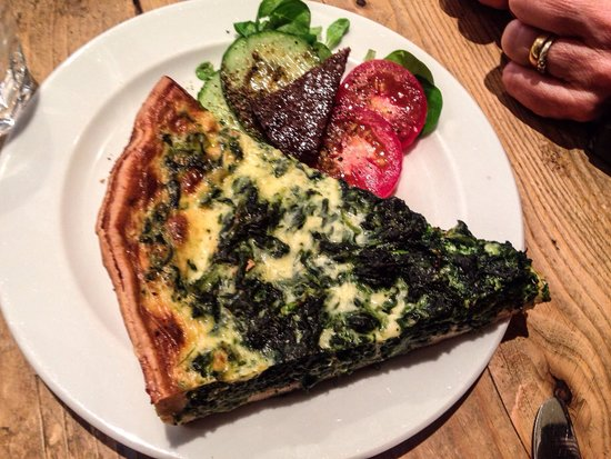 Spinach and smoked salmon quiche - Picture of Pain & Gateau, Muenster ...