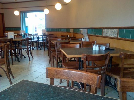 Valerio's Famous Fish &Chips: Inside the cafe