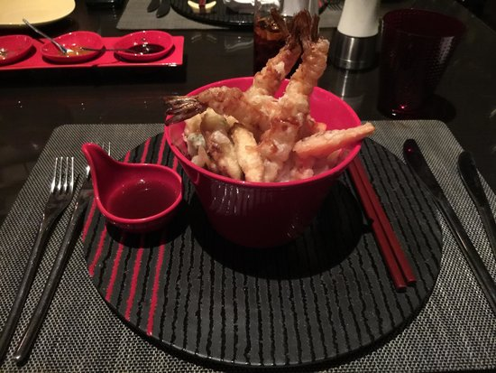 EEST - The Westin Gurgaon: Ten Don - rice with vegetables tempura and shrimp tempura. Good job on this one.  Rice was per