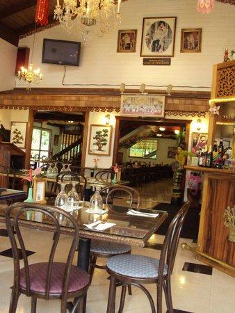 Thai Thai Restaurant: Ambiente