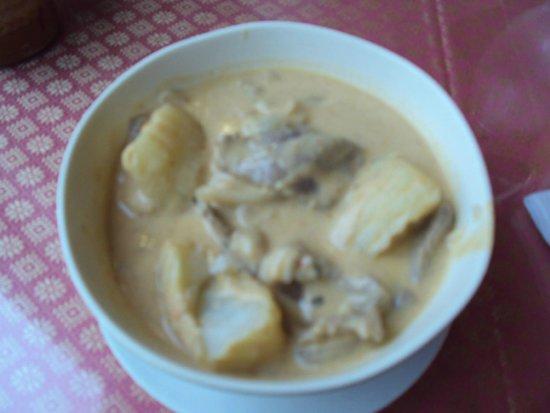 Thai Thai Bistro & Bar: Curry de carne