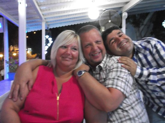 Limos Restaurant Kalkan: Omar, such a lovely man with myself and hubby.