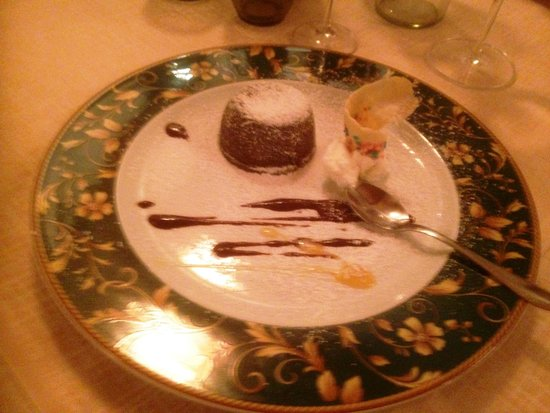 Al Canto Del Maggio: Chocolate fondant