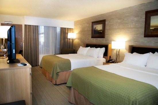 Holiday Inn Spearfish - Northern Black Hills : Two Queen Room