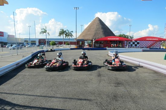 Racing Dakart Riviera Maya : This shows you the business front