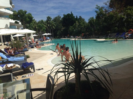 Senator Banus Spa Hotel: Piscina