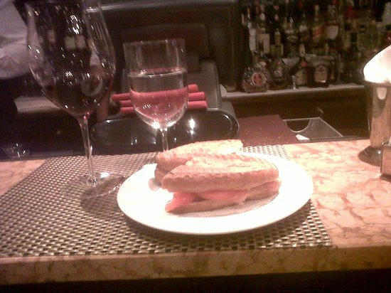 Antica Bottega del Vino : Panini and Brunello