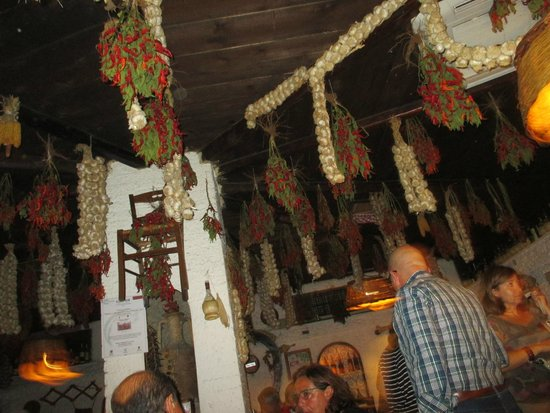 La Fraschetta: ceiling