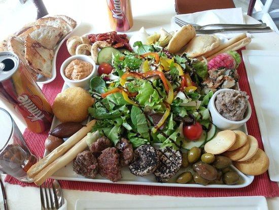 Il-Baxa Cafe Bar: Maltese Platter For Two