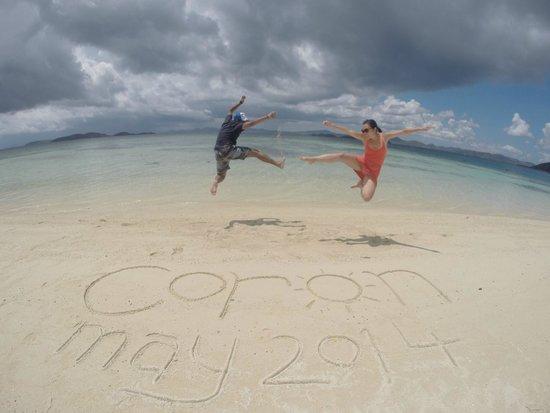 Majika's Island Resort: Jumping Photos are always fun!