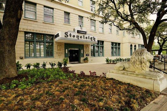 Le Meridien Dallas, The Stoneleigh: Outside
