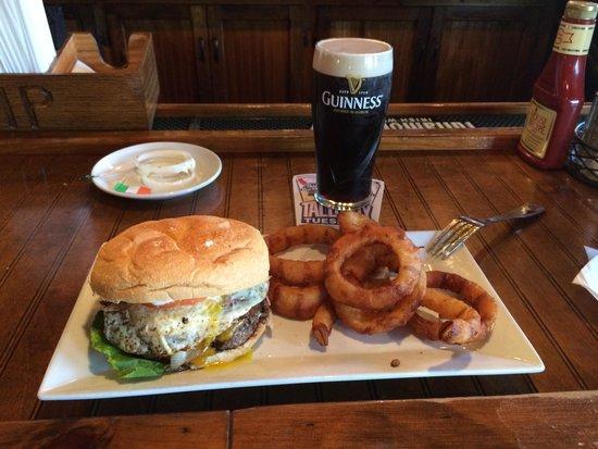 Lynch's Irish Pub: Bad Boy Burger