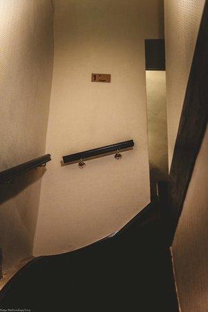 Hotel Pointe Rivoli : коридор
