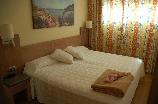 IBEROSTAR Pinos Park: Schlafzimmer