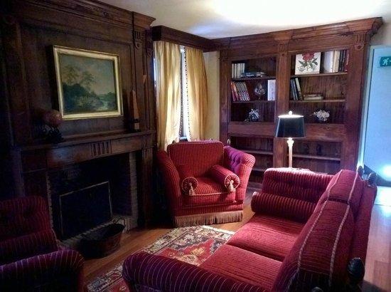 Casa Pavesi Hotel : Caminetto al primo piano