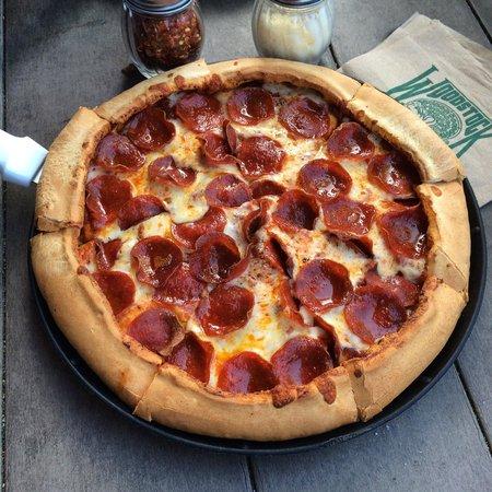 Woodstock's Pizza, Santa Cruz - Restaurant Reviews, Phone ...