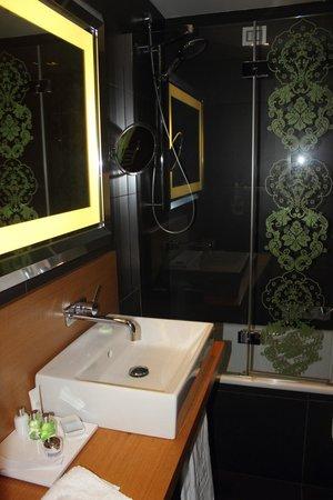 NH Collection Roma Vittorio Veneto: ванная