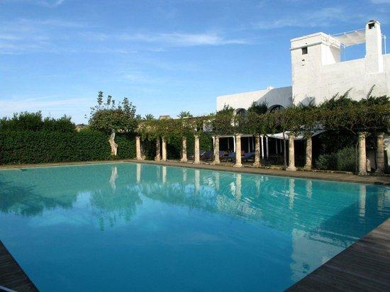 Masseria Torre Maizza : Swimming pool