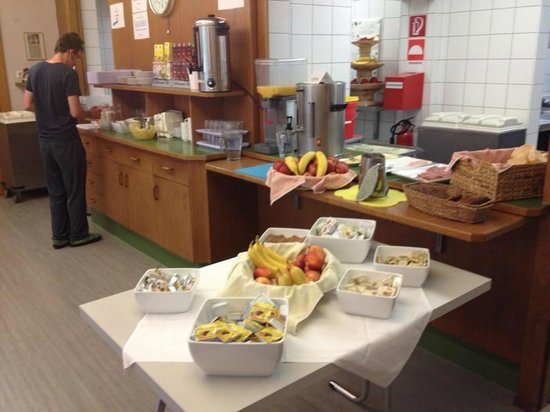 Youth Hostel Jugendherberge Fritz-Prior-Schwedenhaus: Breakfast buffet