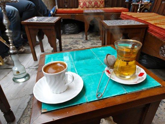 Corlulu Ali Pasa Medresesi: Thé ou café?