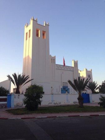 Xanadu: Former church, nowadays court.
