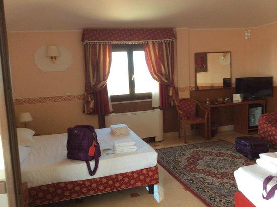 BEST WESTERN Hotel Riviera: room 501
