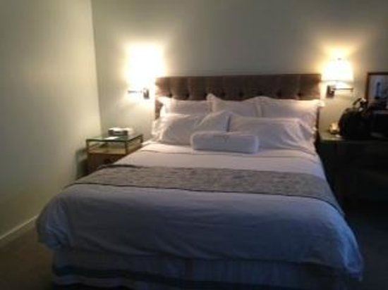 Luxe Rodeo Drive Hotel: Queen bed
