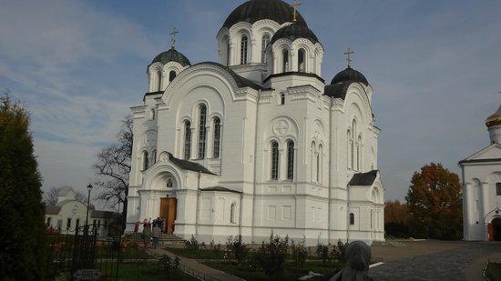 Saint Euphrosyne Monastery: Церковь в Свято-Ефросиньевском монастыре