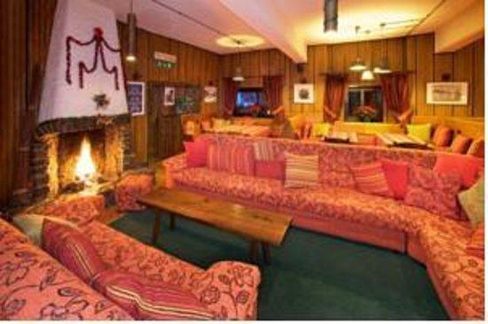 Hotel Gran Baita: sala di letura, da gioco e della televisione