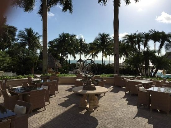 Ritz-Carlton Spa, Key Biscayne: gorgeous view of the ocean from the restaurant