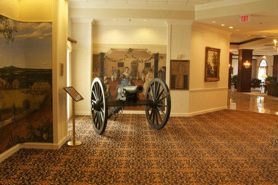 Hilton Atlanta / Marietta Hotel & Conference Center: Historic lobby area