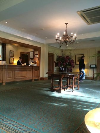 The Keadeen Hotel : reception