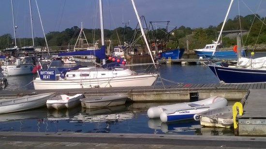 The Willows: Lymington harbour