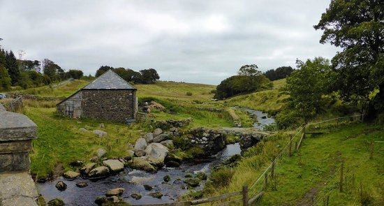 Princetown, UK: The Clapper Bridge, Dartmoor National Park