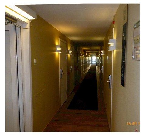 Good Morning Lund: Korridor med rum åt båda håll