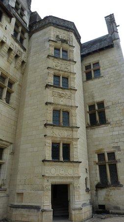 Chateau de Montsoreau, Enterance
