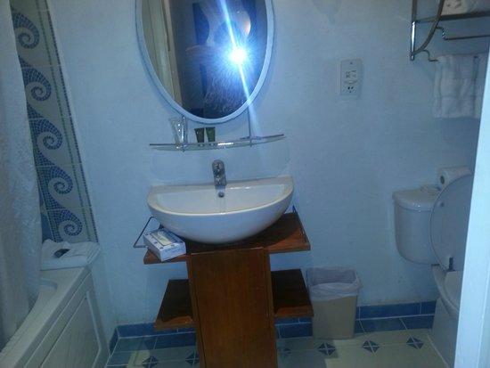 South Beach Hotel: Bathroom