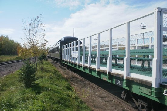 Lake Superior & Mississippi Railroad : The flat car.