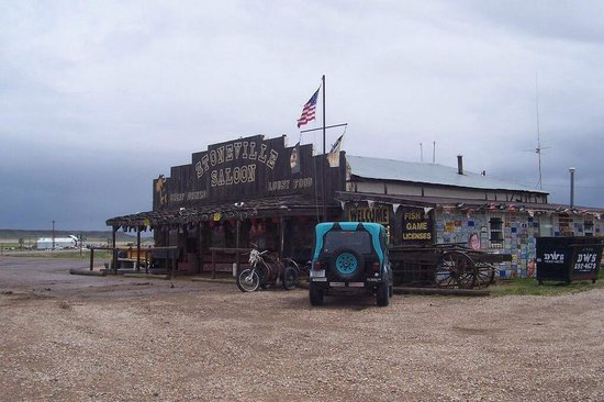 Alzada, Монтана: Stoneville Saloon
