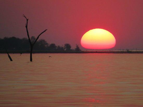 Gache Gache Lodge: Gache sunset