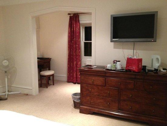 Trewythen Hotel: Office