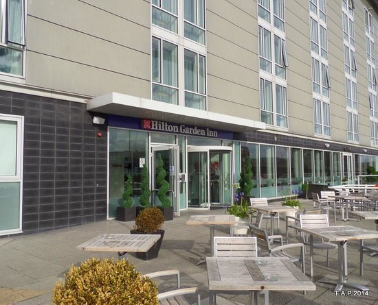 Hilton Garden Inn Glasgow City Centre: Rear entry