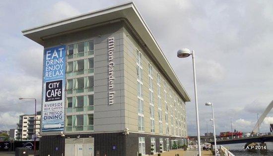 Hilton Garden Inn Glasgow City Centre: Next to the river
