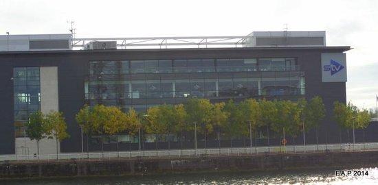 Hilton Garden Inn Glasgow City Centre: STV