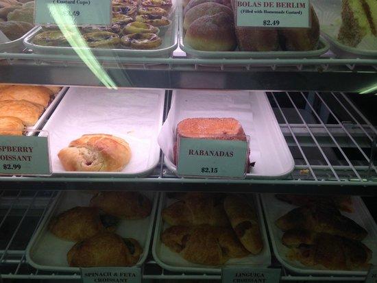 Provincetown Portuguese Bakery : Bola de berlim