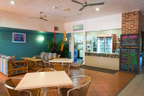 Boambee Bay Resort: Cafe