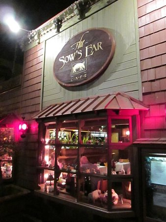 The Sow's Ear Cafe: Front facade